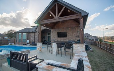 Covered Patio with Outdoor Kitchen in Fulshear
