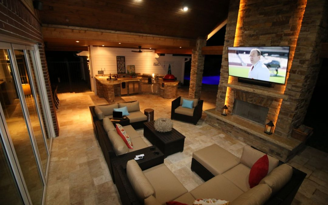 Outdoor Living Room in Katy