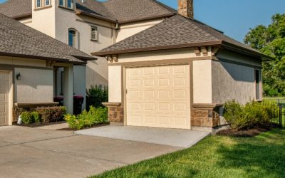 Custom Garage in Weston Lakes