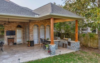 Weston Lakes Covered Patio with Outdoor Kitchen