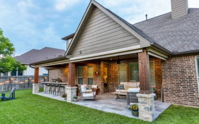 Weston Lakes Patio Cover with Outdoor Kitchen